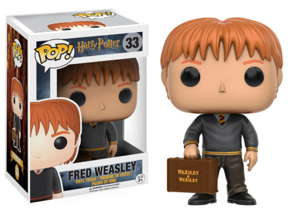 Figurine POP Fred Weasley avec sa boîte sur fond blanc