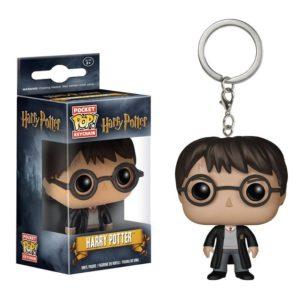 porte-clés Harry Potter dans sa boîte en figurine pop sur fond blanc