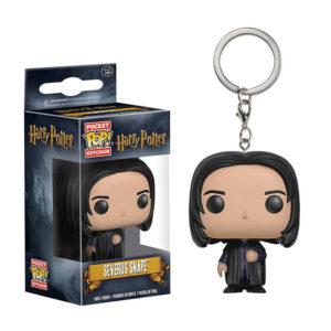 Porte-clés Severus Rogue Snape en figurine POP dans sa boîte sur fond blanc